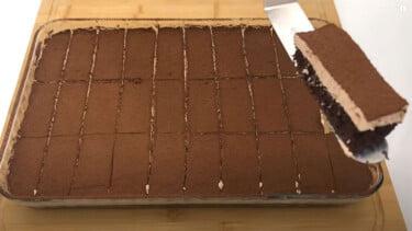 Çikolatalı Kolay 30 Kişilik Pasta Tarifi 1